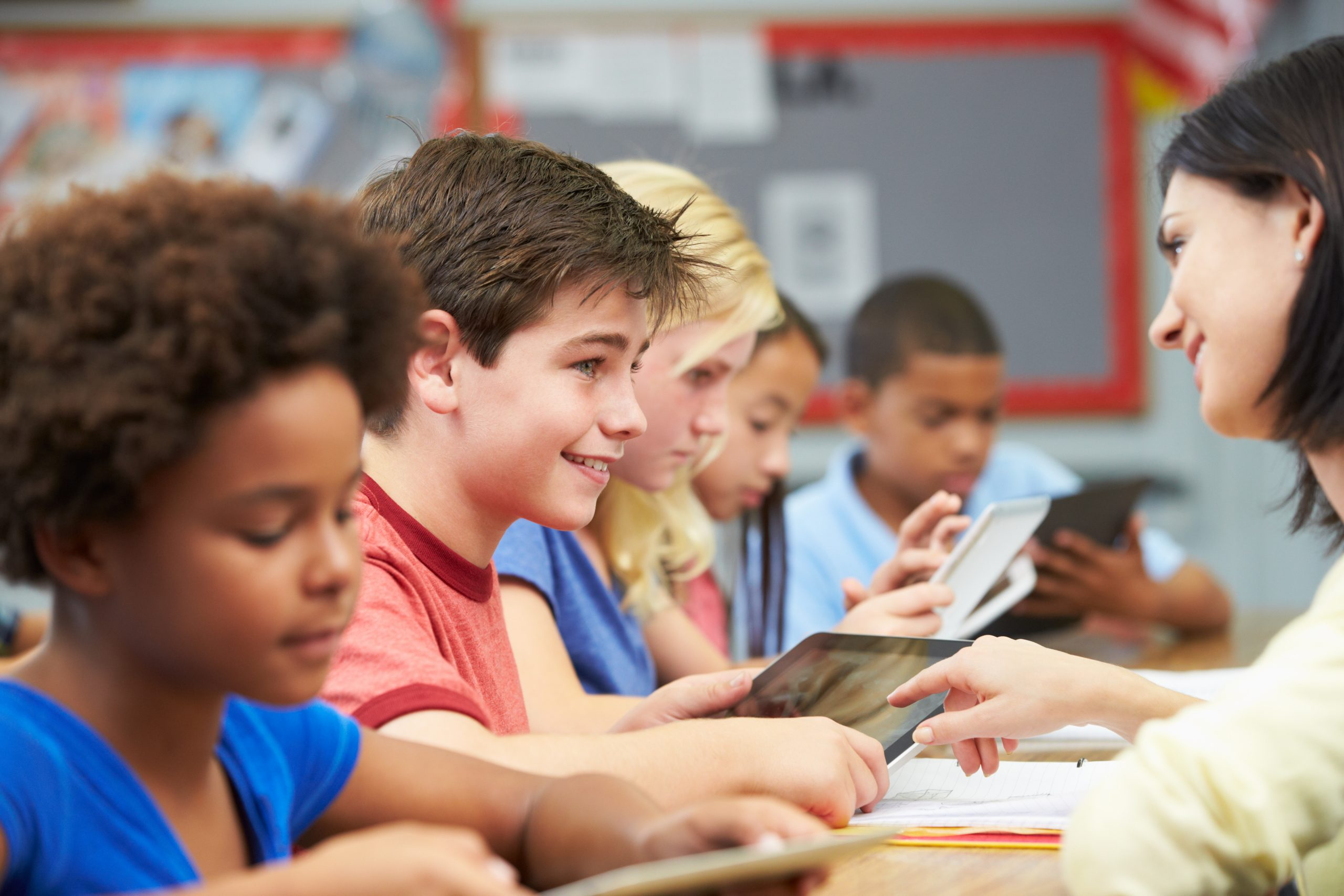Is technology disrupting performance school wifi and tablets can hinder student learning